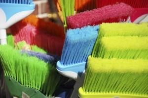 494121841 brooms2
